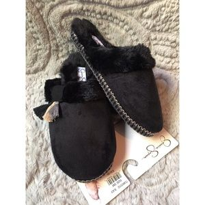 {JESSICA SIMPSON} SLIPPERS